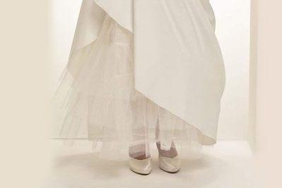Ein Reifrock für das Brautkleid.
